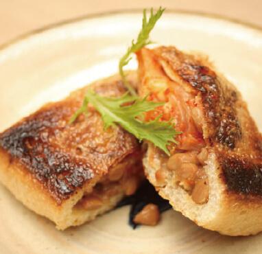 油揚げ肉みそ納豆焼き/300円
