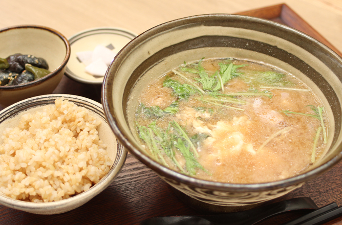 具だくさん味噌汁定食